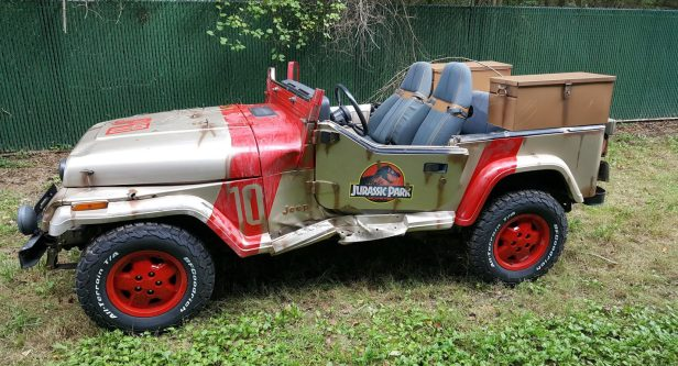 Jurassic Park – JP 10 replica, Courtesy of Wizard World