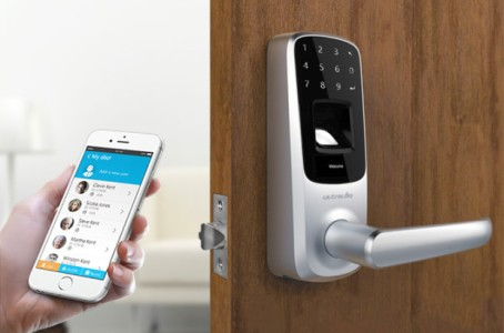 Bluetooth Enabled Fingerprint and Touchscreen Smart Lever Lock